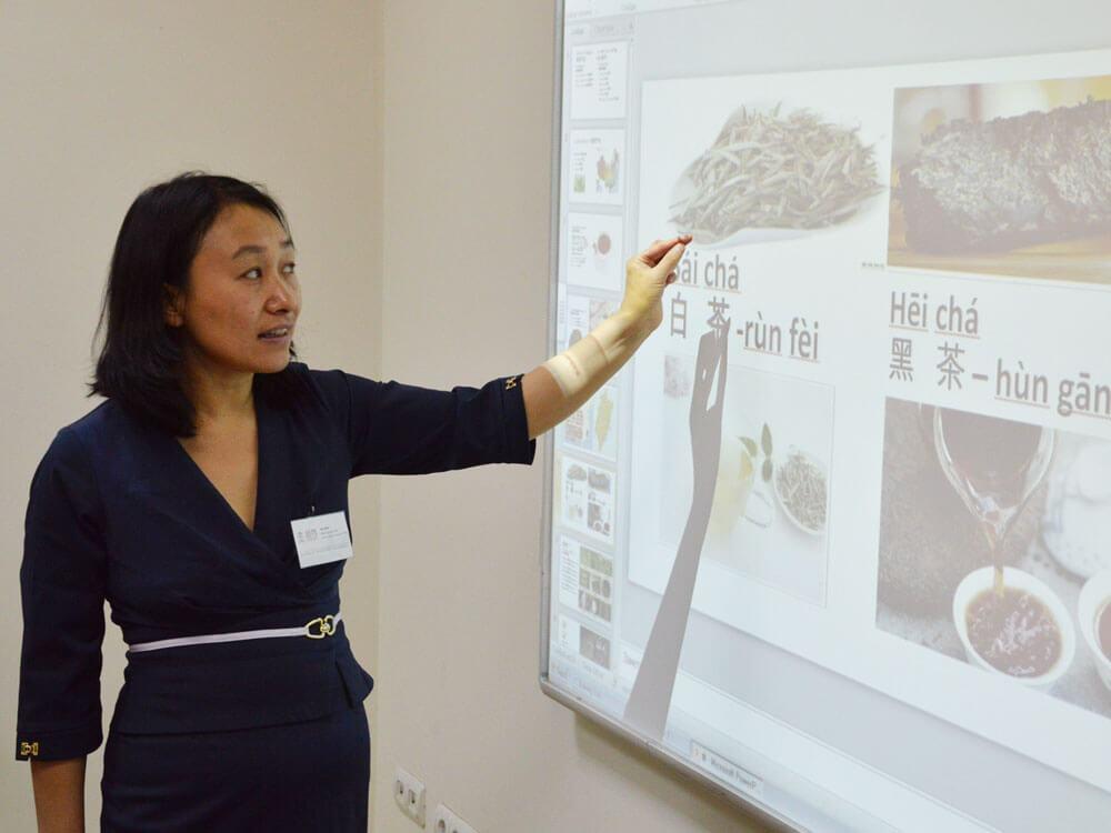 Неделя китайского языка в Школе Хутонг в Москве